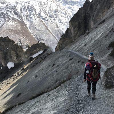 evia yoga solingen trekking auf dem landslide trail im annapurna gebirge nepal